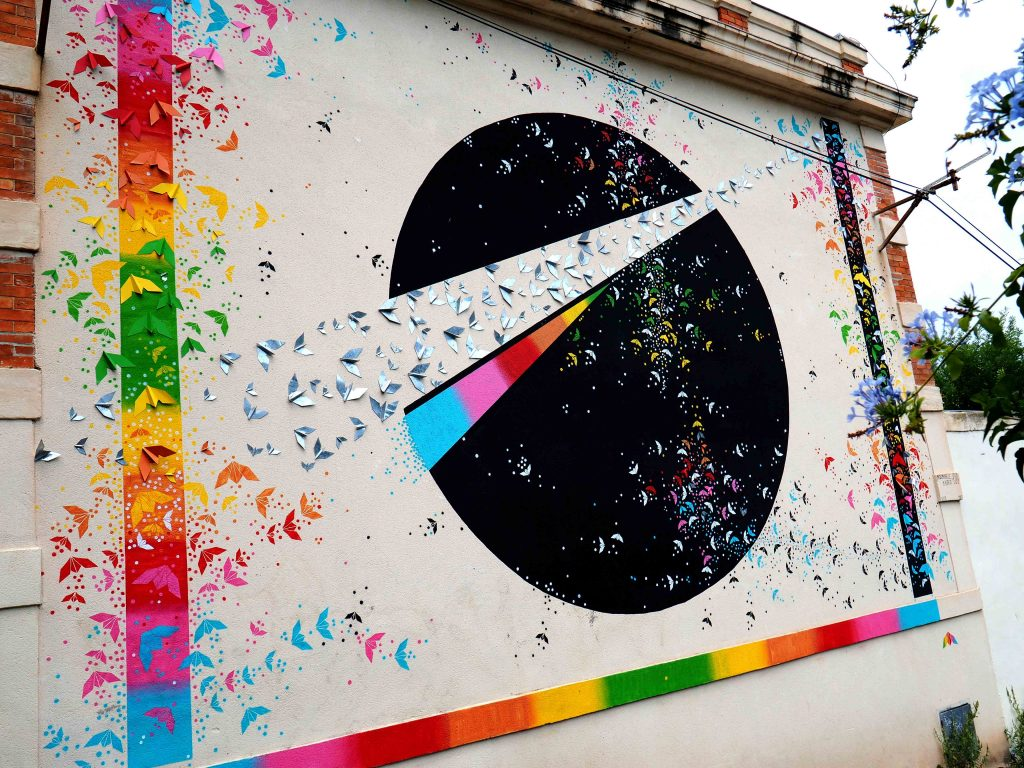 Mural mit Applikationen
