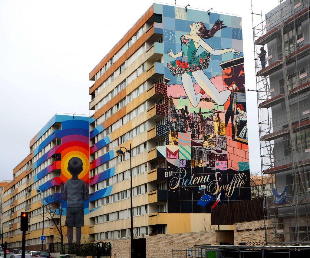 zwei Murals