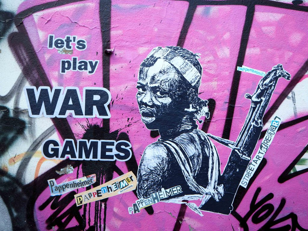 Let´s play war games